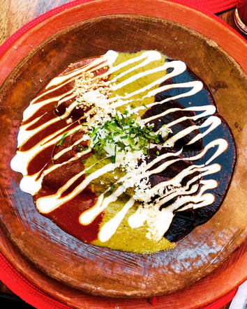 mole enchiladas tres moles